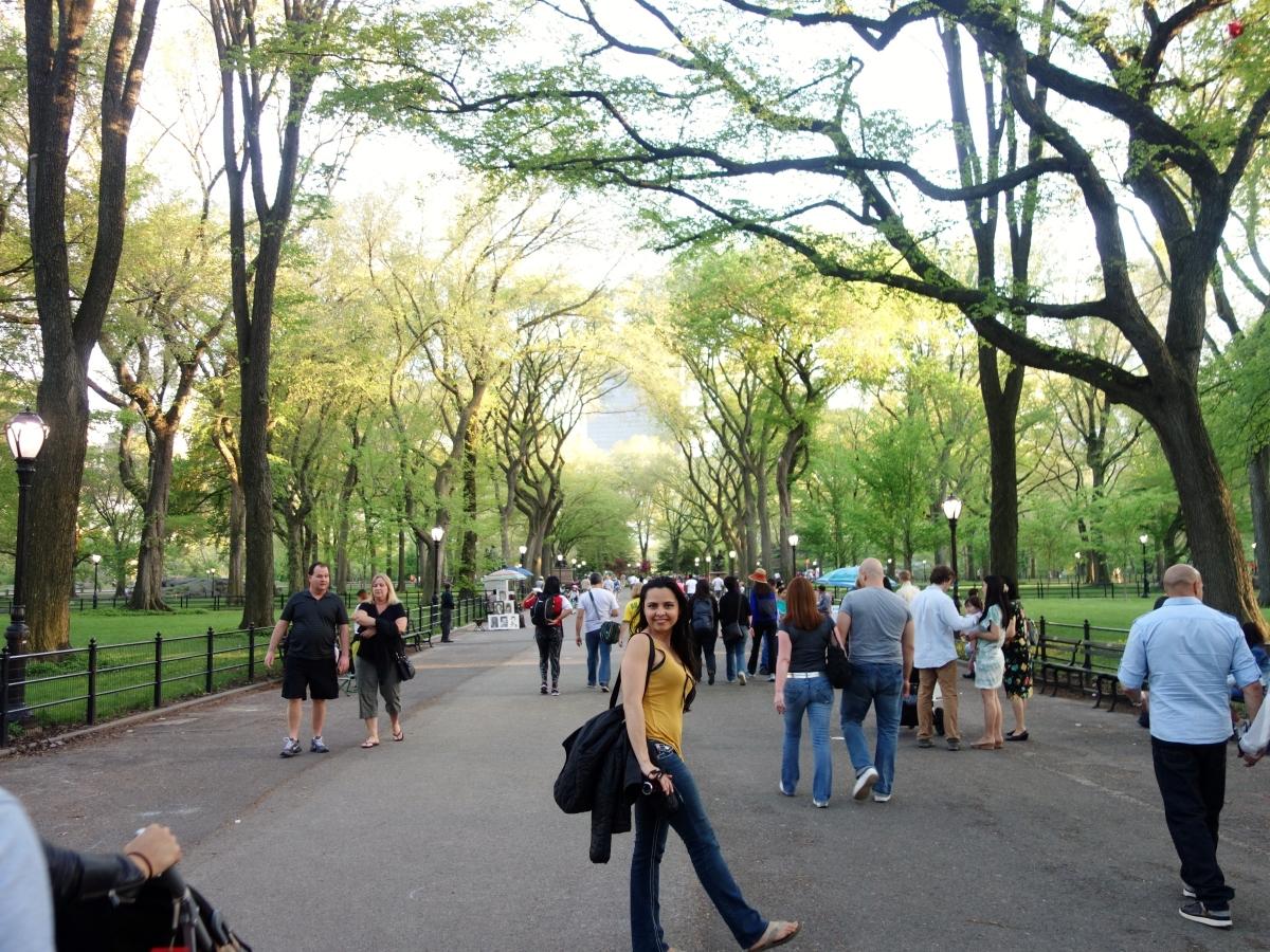 Central Park Strolling, Manhattan, NY, USA - Karina Noriega