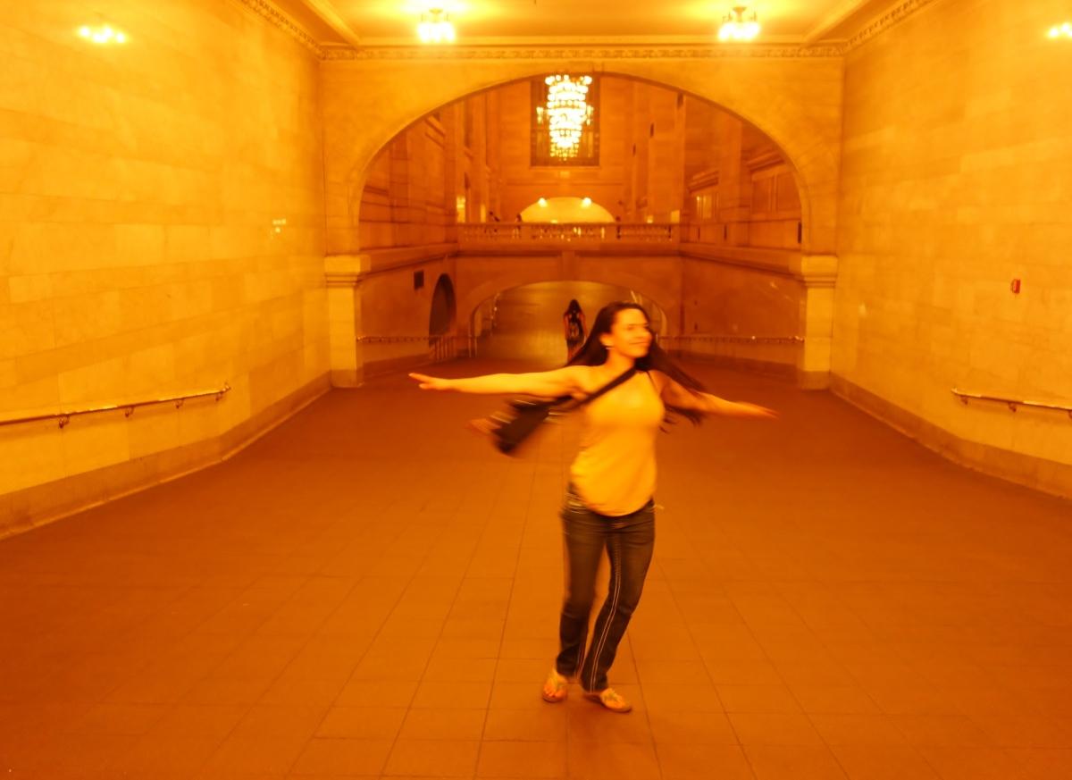 Grand Central Dancing, USA - Karina Noriega