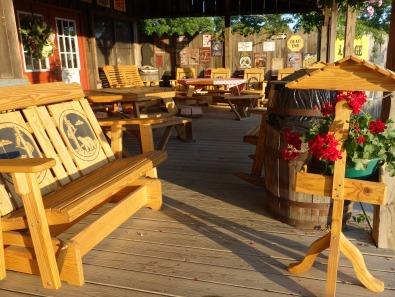 Old town country shop @ Meadows of Dan, Blue Ridge Parkway, Virginia, USA - Karina Noriega