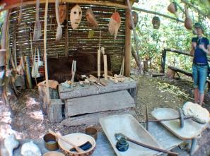 Traditional weaving @ Oconaluftee Indian Village, Cherokee, North Carolina, USA
